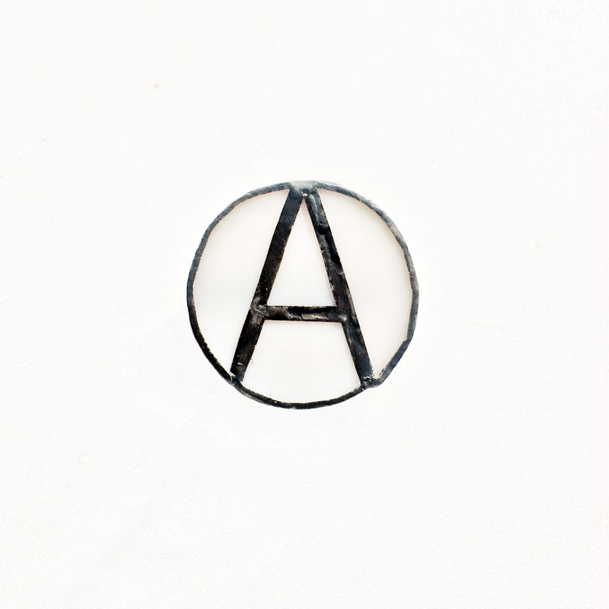RSW ANARCHY STAIND BROOCH_A