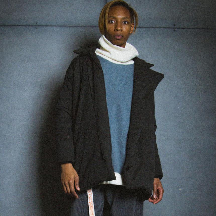 ANTI BELL BOY COAT / black