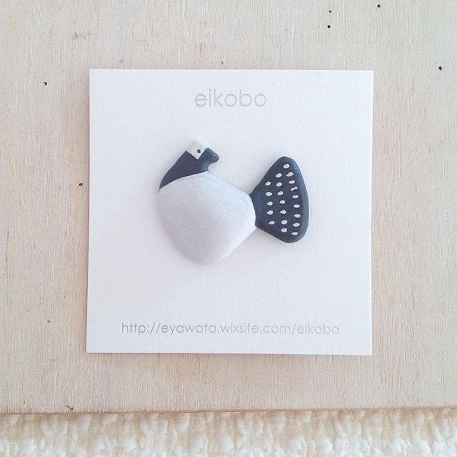 eikobo  |  リボン鳥ブローチ
