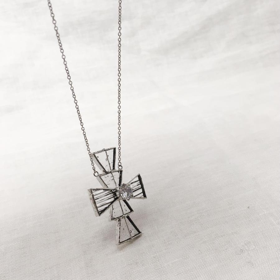 【受注制作】Cross Necklace - 十字架ネックレス-ジルコニア