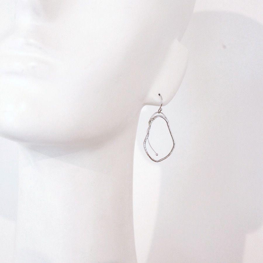 【doro】DAPHNIA PIERCE & EARRINGS | CLEAR 金具選択可