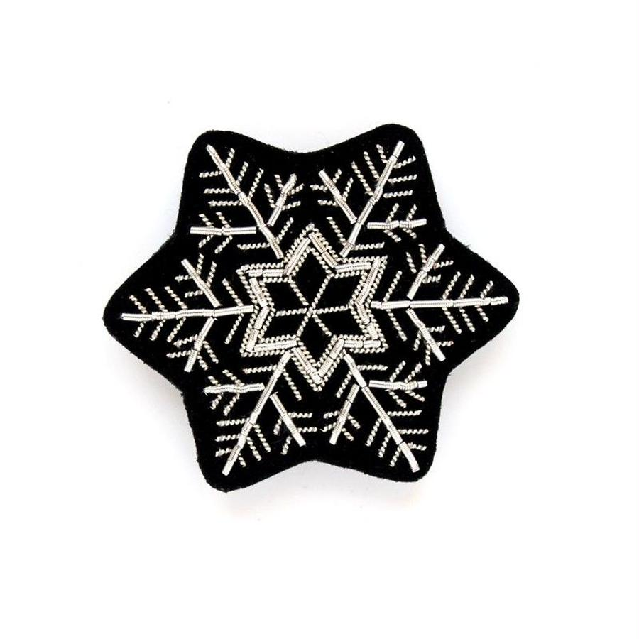 "MACON & LESQUOY HAND-EMBROIDERED ""SNOW FLAKE"" ブローチ"