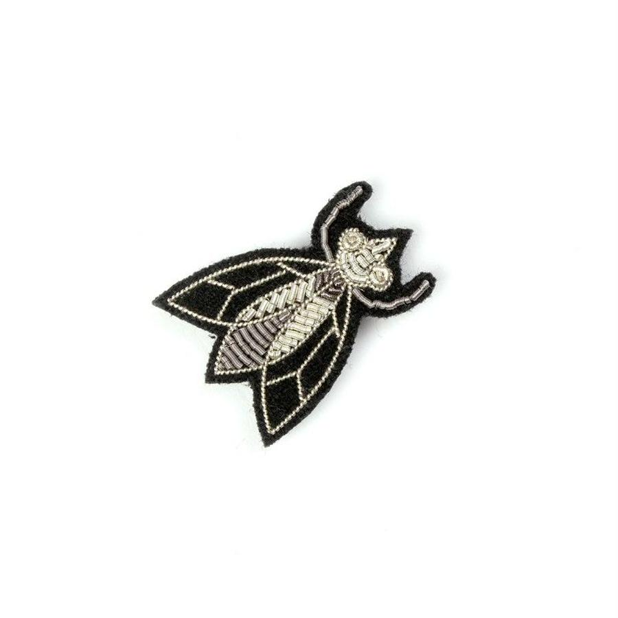 "SMALL HAND-EMBROIDERED ""FLY "" PIN ブローチ"