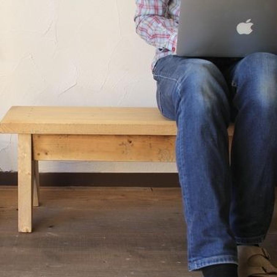 無垢材のカフェベンチ