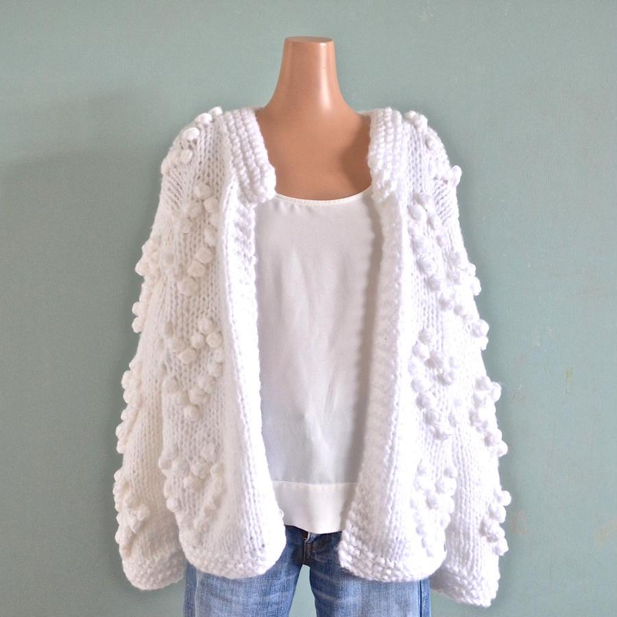 Heart ponpon knit cardigan White