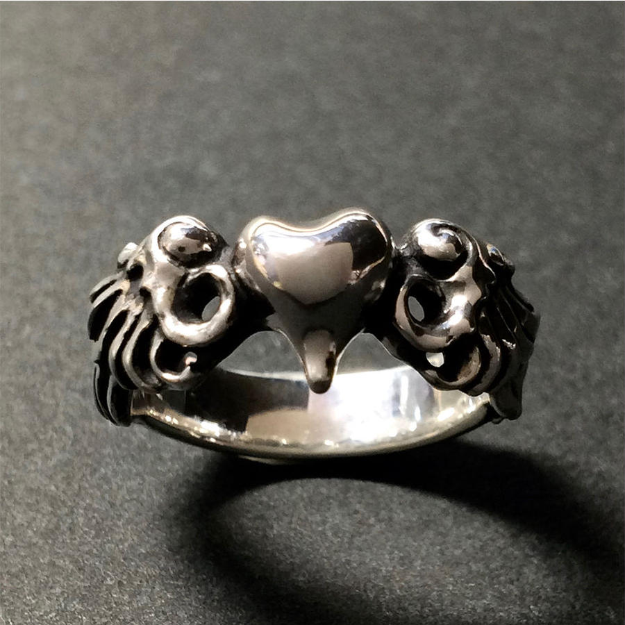 Wing Heart Ring