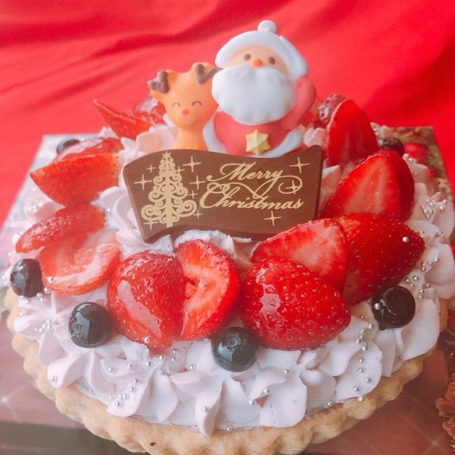 【神戸垂水店受け取り】2018年クリスマスタルト  22日迄のご予約で先着500名様にルージュトマト500円割引券が付いてくる!タルト生地の上に贅沢に苺とホワイトチョコを使いました。クレジット決済限定