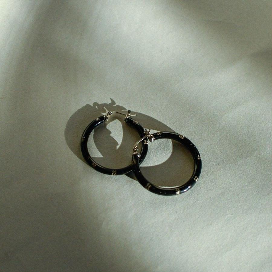 Vintage foop earring