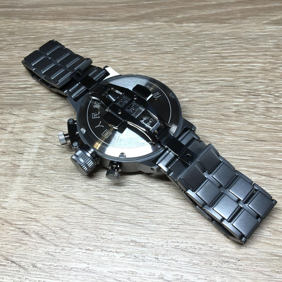 【臥龍商店】海外ミリタリー装備専門店            【実物】中国人民解放軍2016年海軍 1126艦船部隊腕時計セット