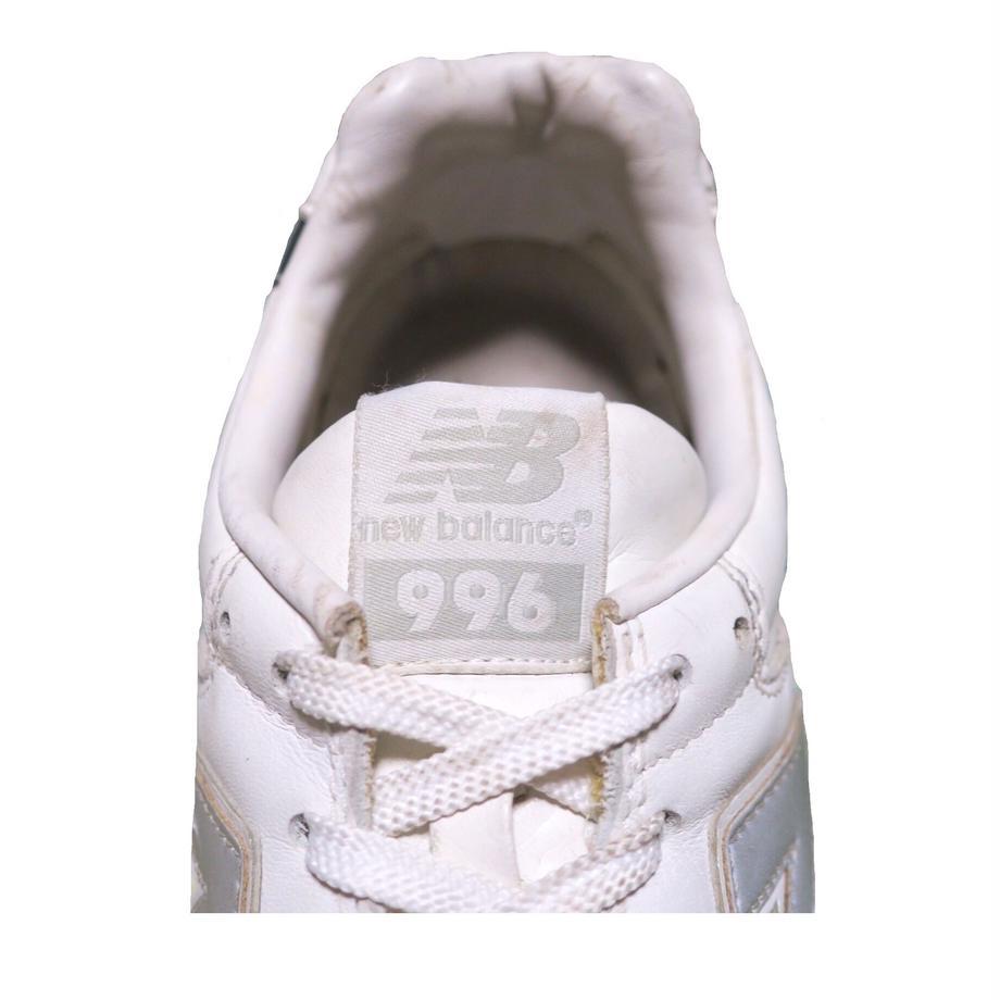 5b226efaef843f2b53002525