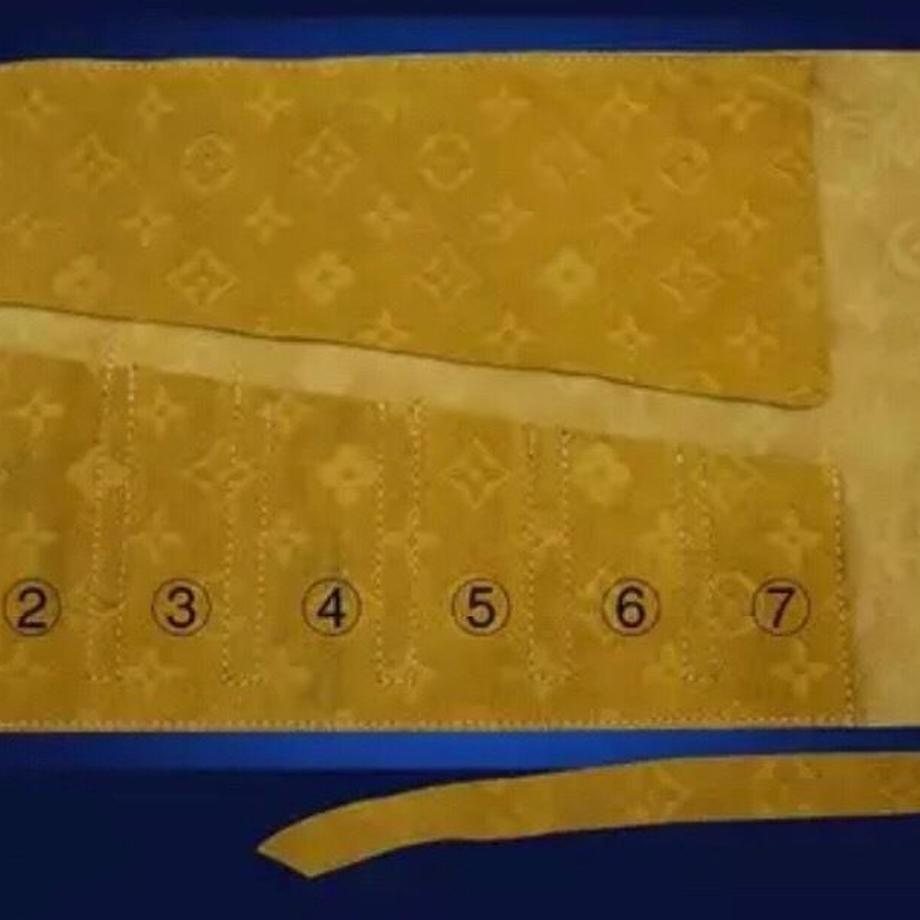 5caf2fbeadb2a13c81930c23