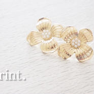 Golden flowerピアス