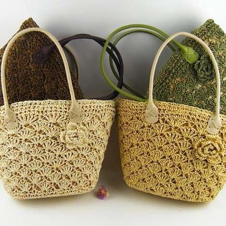 かぎ針編み コサージュ付き かごバック