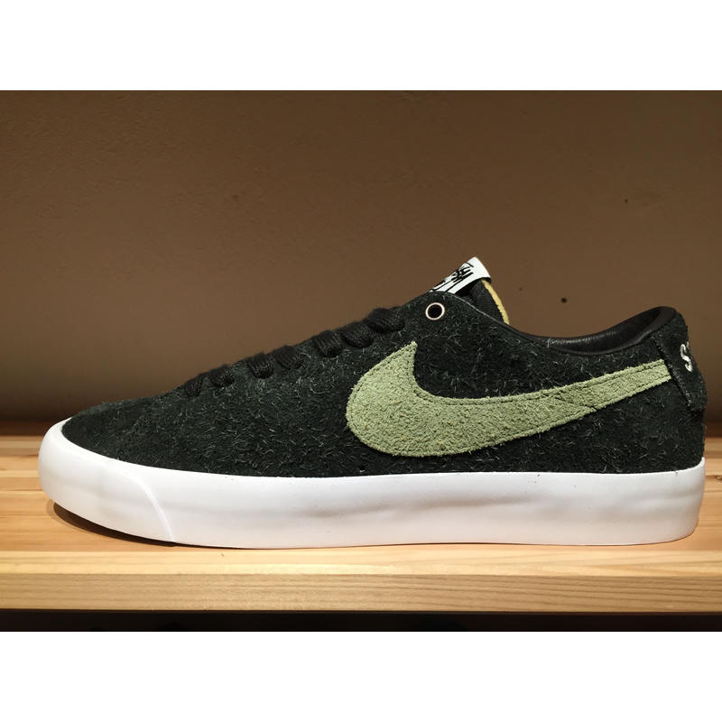 separation shoes dfdc5 9ac60 ☆STUSSYコラボ - NIKE SB ZOOM BLAZER LOW QS | 9H9H ...
