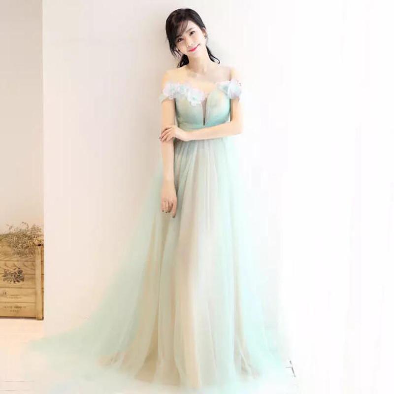 優雅 リンゴ緑ウェディングドレス ピンク肩花 ドレスワンピース結婚式