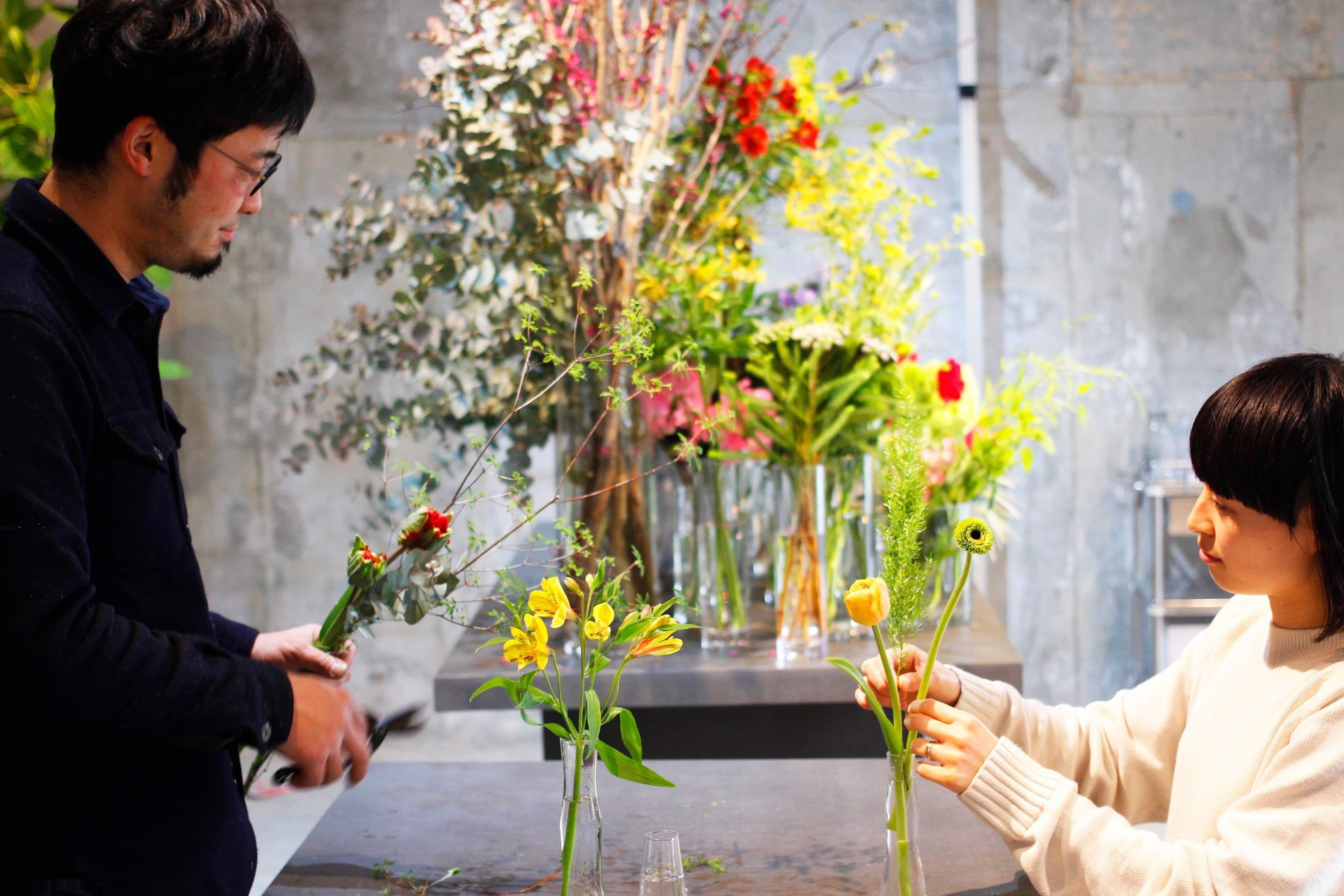 お花を毎日受け取れる「研究生」