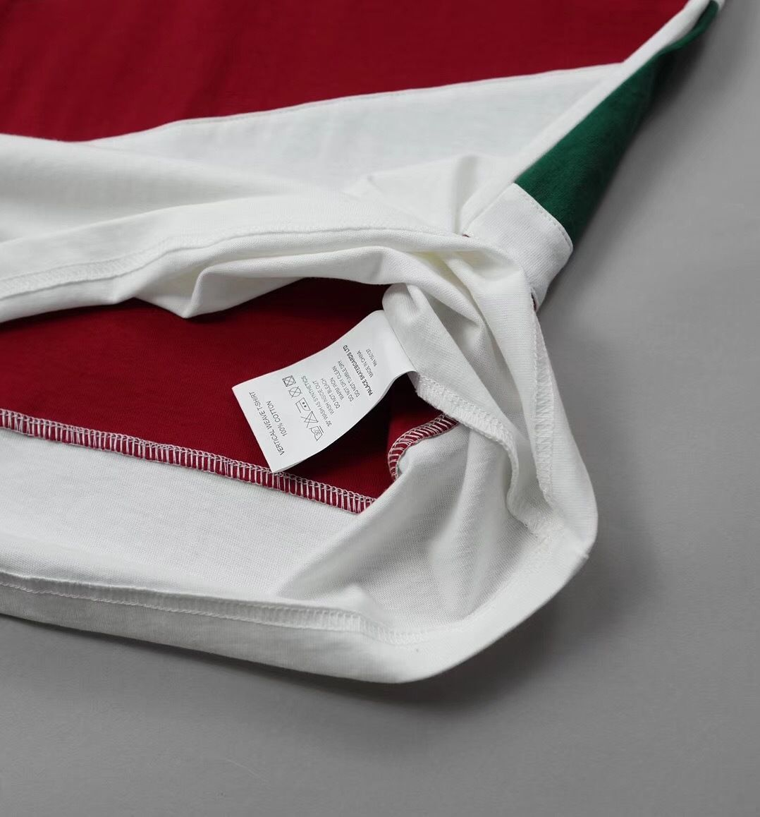 fef7ca1abd PALACE Skateboards パレス R Stripe T-Shirt Tシャツ   ...